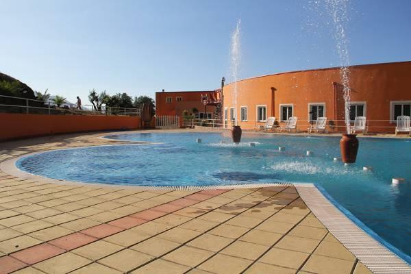 Resort sicilia patti timeto piscina